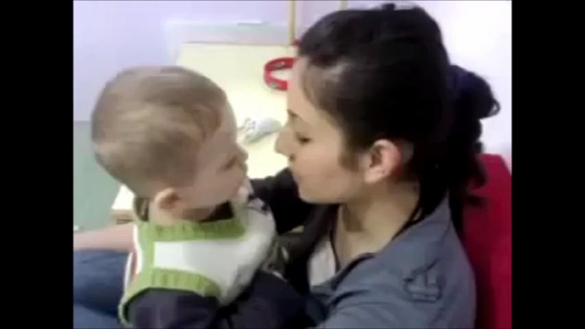annesi siken çocuk pornosu 2