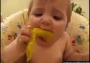 Turşu yiyen Bebeğin Hali xD [HQ]