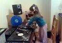 Küçük DJ (eğleniyor muyuzzz??)