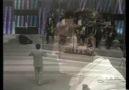 Menekşe Gözler Hülyalı / NURİ SESİGÜZEL [HQ]