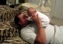 Bebeği Böyle Seversen Olacağı Buydu :)
