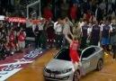 Blake Griffin - Araba Smacı !