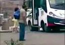 KızLarın Minibüs Şakası FiyaskoyLa Bitti :)))