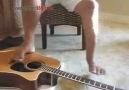 Kolları Yok Ama İnanılmaz Gitar Çalıyor !