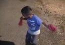 koma berfin çalıyor küçük çocuk süper oynuyor