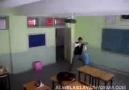 Sınıfta Counter Strike