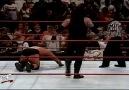 The Undertaker vs Stone Cold [2/3] - 1999 [HQ]