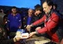 AFAD ve Türk Kızılayı Afrinlilere sıcak yemek ikram etti