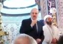 AKP Genel Başkan Yardımcısı  camii'de propaganda yapıyor.