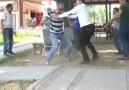 Antalyada röportaj sırasında tekme tokat kavga