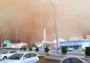 Arabistanda Kum Fırtınası Gündüzü Geceye Çeviriyo