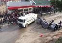 Artvin'de Cerattepe'ye yürüyen halka polis saldırısı