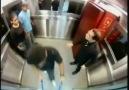 Asansörde Tabut Şakası