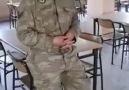 Askermizden Medineye varamadim ilahisi ağzına yüreğine sağlık kardeşim.