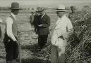 Atatürk - Atatürk&sevdiği türküler - Bİr fırtına tuttu bizi