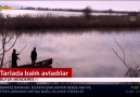 Aydının Söke ilçesinde su altında kalan tarım arazilerinde balık avı