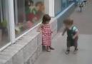 Bir kızı tavlamak o kadar kolay değil :)