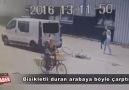 Bisikletle Duran Arabaya Çarpmak