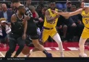 Blake Griffin had the Los Angeles Lakers&defense fooled