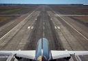 Boeing 787 Dreamlinerla kalkış nerdeyse 90 derece gerçekleşiyor...