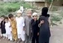 Bombalı intihar saldırısı oynayan çocuklar !!!!