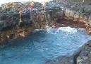 Burda Yüzmeye Cesareti Olan Var Mı ? :)