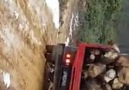 Çamurlu yolda doç - Türk Nakliyesine Emeği Geçen Efsane Kamyonlar