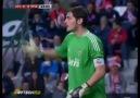 Casillas'tan inanılmaz refleks :)