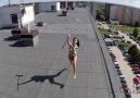 Çatıda Güneşlenen Hatunu Dikizlemek