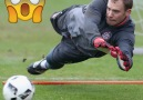 Cech Navas Neuer these intense goalkeeper trainings will astonish you