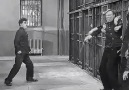 Charlie Chaplin funny jail scene from the movie ( Modern Time )