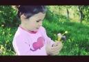 Çiçeğin çiçeği sevmesi :)