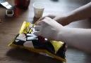 Cips poşeti açmanın en zekice yolu