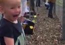 çocukların sevinci bir başka oluyor)