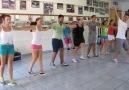 Dançando Zorba lindo mas no muito simples