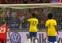 Dani Alves'in kendi kalesine attığı harika gol