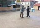 Dedelerin güzel kavgası :))