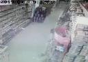 Denizli&Acıpayam ilçesindeki deprem anı kameralara yansıdı