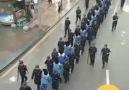 Doğu Türkistan - Soykırım kamplarına götürülen Uygur...