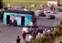 Drift yapan AKP otobüsü