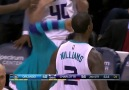 DUNK OF THE YEAR!!!!! MARVIN WILLIAMS WITH THE JAM!!!!!!