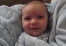 Dünyanın en tatlı uyanışına sahip bebek