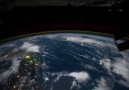 Dünya'nın uzaydan çekilmiş videosu.