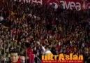 Galatasaray Taraftarı Kale Arkası Üçlü ..