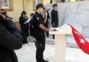 Genç polisten tüyleri diken diken eden şiir!