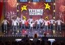 Grup Kaşıks'ın Dans Performansı