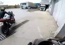 Gurme Videolar - Polisten Kaçan Motor kullanan gençler !