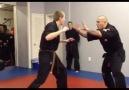:)) Hahahaha Gangnam syle martial arts SO FUNNY!