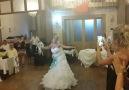 Harika bir düğün girişi..