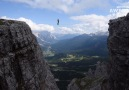 Highlining without a Harnes